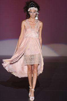 Fashion From Spain >> Bridalwear >> Isabel Zapardiez (ceremoy and bride)