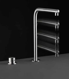 CEA Design, Free Ideas series kitchen tap. http://medicalcaresolutions.nl/page/Keukens. #aquaquae.