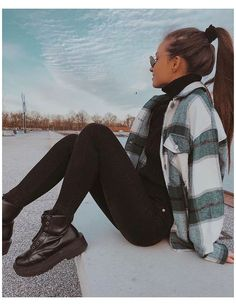 Trendy Fall Outfits, Casual Winter Outfits, Winter Fashion Outfits, Retro Outfits, Look Fashion, Classy Fashion, Fashion Dresses, Party Fashion, Autumn Outfits Women