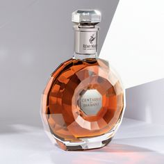 Ultra-premium Rémy Martin Centaure de Diamant launches