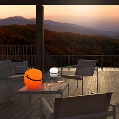 OUTDOOR  15 special lanterns… for a summer filled with light  | Plus, lantern Roaming Light - See more on Designbest Magazine: http://magazine.designbest.com/en/inspiration/outdoor/15-special-lantern-for-summer-filled-with-light/?utm_source=15-special-lantern-for-summer-filled-with-light&utm_medium=pinterest&utm_campaign=SOCIAL-activities