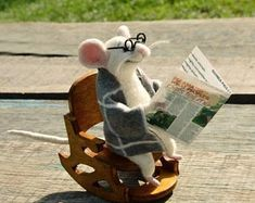 Mouse in armchair Mouse with glasses Mouse with newspaper White mouse Cute mouse Felt mouse Felted toy Wool toy Wool needle Felted mouse