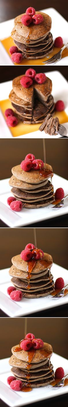 The EASIEST Healthy Buckwheat Pancakes recipe EVER with only 4 ingredients! [sugar-free, low-fat, high-fiber, high-protein, gluten-free, eggless, vegan] -- Only 240 calories and 4.5g fat for the entire batch, with 12g of fiber and 11g of protein!