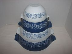 VINTAGE PYREX COLONIAL MIST CINDERELLA BOWLS BLUE & WHITE FLOWERS SET OF 4 #PYREX