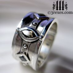 Smokey topaz and black diamonds! The Moorish Medieval silver band ring is heavily inspired by the Medieval wedding rings worn by Royalty. This magical ring can be worn by both Kings & Queens! #mensrings