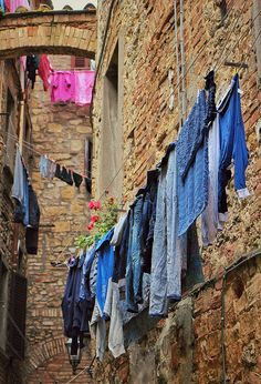 Laundry in Lucca, Italy | by Randy Durrum