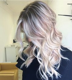 Here, we love hair! If you are a beauty artist send us a message for a free feature! Love Hair, Great Hair, Gorgeous Hair, Balayge Blond, Corte Y Color, Ombré Hair, Hair Color And Cut, Ombre Hair Extensions, Blonde Highlights