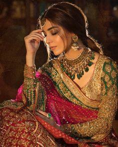 indian wedding dresses with sleeves Muslim Wedding Dresses, Pakistani Bridal Dresses, Indian Wedding Outfits, Bridal Outfits, Indian Dresses, Indian Outfits, Indian Bridal Lehenga, Bollywood, Indian Aesthetic