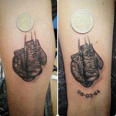 Small Boxing Gloves Tattoo (Cristina Alonso) https://www.instagram.com/p/BMhgTfRDoOw/?taken-by=cristissippi_tattoo #tattoo #ink #black #littletattoo #cutetattoo #boxeo #boxinggloves #glove #glovetattoo #boxeur #blackwork #art #artist #smalltattoo #force #charlie #everlast #tatuaje #little #realism #realismtattoo