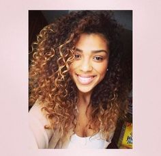 ❄️ |@♢ Nicole Lecher ♢| ❄️ curly light brown hair with highlights