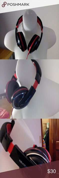 Great gift/ Sound logic headphones Headphones black and red, great sound, like new.... Sound Logic Other