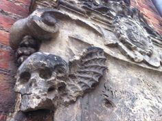 Gothic skull in Berlin!