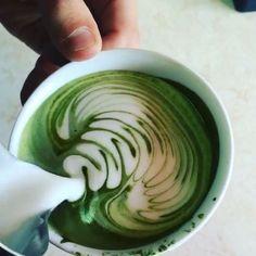 PureChimp® sells the best Matcha green tea & natural skin care. Enjoy our Matcha green tea powder today and get free delivery. Matcha Green Tea Latte, Matcha Green Tea Powder, Matcha Powder Recipes, Coffee Latte Art, Coffee Shop, Best Matcha, Cappuccino Machine, Coffee Dessert, Italian Coffee