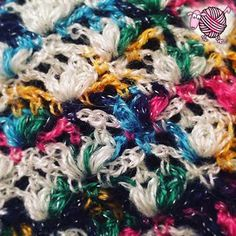 Crochet Lazy Shell Scarf Shawl - Dearest Debi Patterns - Lazy Shell stitch crochet pattern for a lovely scarf or shawl. Works up quickly. All Free Crochet, Easy Crochet Patterns, Love Crochet, Crochet Designs, Knitting Designs, Crochet Flower, Crochet Scarves, Crochet Shawl, Crochet Yarn