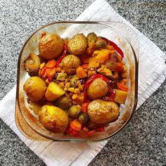 """78 Likes, 4 Comments - O Vegetariano (@ovegetariano.pt) on Instagram: """"Porque os legumes não têm de ser aborrecidos, aqui está uma sugestão: um assado de legumes. Aqui…"""""""