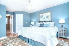 These blue and white bedroom ideas showcase a variety of design styles, finishes & materials. Find blue & white bedroom designs you'll love to use for your own interior design Blue Master Bedroom, Blue Bedroom Walls, White Bedroom Design, White Bedroom Decor, Bedroom Green, Bedroom Carpet, Bedroom Colors, Bedroom Ideas, Master Bedrooms