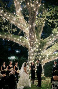 Wedding ceremony idea; Photo: Emily Wren Photography