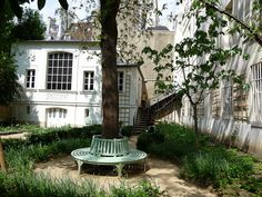 Visite du jardin du Musée Delacroix (#Paris 6e) http://www.pariscotejardin.fr/2013/06/visite-du-jardin-du-musee-delacroix-paris-6e/
