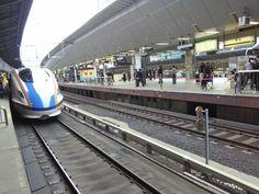 E7/W7 of Hokuriku Shinkansen at Tokyo sta. began going to Kanazawa from 2015 3/14