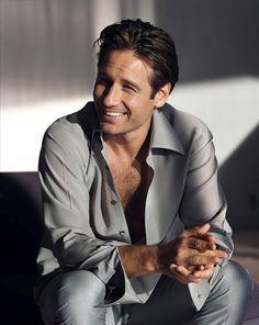 David Duchovny as Fox Mulder (X-Files) David Duchovny, Hot Men, Sexy Men, Hot Guys, Beautiful Men, Beautiful People, Simply Beautiful, Hank Moody, David And Gillian