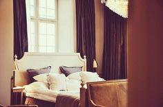 Happy Friday ✨ #hotelkungsträdgården #hotelfriday #brasseriemakalös #hotellife #njuta #livetärenfest