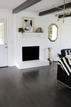 Tips on Choosing the Right Floor Stain How gorgeous is this house? It looks so calming and pretty :) Hardwood Floor Stain Colors, Staining Wood Floors, Grey Wood Floors, White Walls, Wood Flooring, Flooring Types, Dark Hardwood, Dark Wood Stain, Flooring Ideas