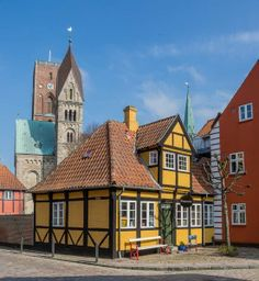 tips Denmark by Hans Legoland, Copenhagen Denmark, Beautiful Buildings, Historical Sites, Homeland, Old Town, Trail, Stage, Coast