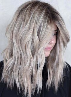 Ladies, if you are considering to change your old or boring hair colors then we are here to help while finding the latest trends of hair colors and highlights in 2018. See our best collection of rooted blonde hair color ideas to make your personality modern in year 2018.