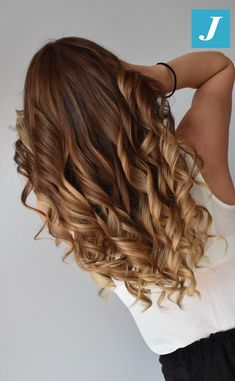 Feel the Summer _ Degradé Joelle #cdj #degradejoelle #tagliopuntearia #degradé #igers #musthave #hair #hairstyle #haircolour #longhair #ootd #hairfashion #madeinitaly #wellastudionyc Ombre Curly Hair, Best Ombre Hair, Ombre Hair Color, Blonde Hair Looks, Brunette Hair, Brown Hair Inspiration, Long Curls, Hair Remedies, Curled Hairstyles