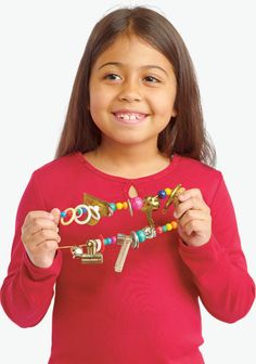 Make a Lezim in this kids craft. In India, the lezim is a traditional instrument played during exercises or folk dances that involve lots of arm movements.