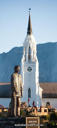 Statue of Nelson Mandela in Worcester, South Africa Beautiful Places In The World, Rest Of The World, Tomorrow Is Another Day, Out Of Africa, Exotic Places, Nelson Mandela, Mosques, Afrikaans, Africa Travel