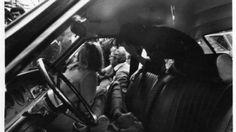 È il 6 gennaio 1980. La mafia uccide Piersanti, allievo di Aldo Moro e protagonista del rinnovamento in Sicilia. Tocca al fratello scendere in politica.