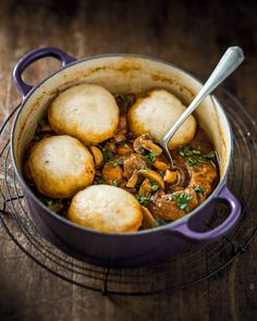 Zola Nene's Beef Stew + Easy Dumpling Recipe South African Dumpling Recipe, South African Recipes, Africa Recipes, Beef Stew With Dumplings, Steamed Dumplings, Meat Recipes, Cooking Recipes, Oxtail Recipes, Recipies