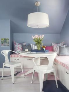 Steel Blue: Kids' Room Glamour in 14 Fashion-Forward Color Schemes to Try from HGTV