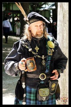 THE KILTED HOTTIE OF THE DAY ~taken at the Scarborough Renaissance Festival, Waxahachie, Texas