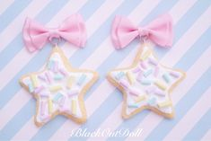 It's our party, we can wear our desserts if we want to. We stole some biscuits from Alice's Tea Party and made them into earrings!Super Cute Pastel Star Shaped Biscuit Cookies with Baby Colored Sprinkles attached to a Satin Pink Bow 3 inchesWidth inches Kawaii Jewelry, Kawaii Accessories, Cute Jewelry, Craft Stick Crafts, Clay Crafts, Color Sprinkle, Alice Tea Party, Pastel Candy, Candy Sprinkles