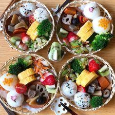 すき間を可愛く埋めちゃえ♡簡単彩りお弁当おかず17選 - LOCARI(ロカリ) Wine Recipes, Asian Recipes, Space Food, Tumblr Food, Exotic Food, Asian Desserts, Lunch Menu, Food Decoration, Food Platters