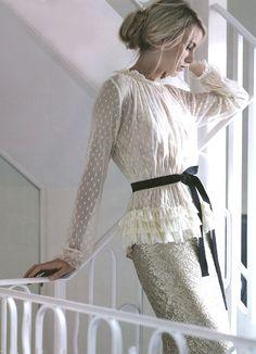 lace detail blouse, sparkles