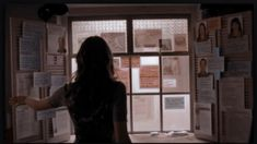 I really, really love the way Kate Beckett organizes her investigation on her mother's murder. Story Inspiration, Writing Inspiration, Character Inspiration, Nora Roberts, Mafia, Castle 2009, Detective Aesthetic, Gallagher Girls, Kate Beckett
