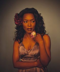 What a gorgeous photo of Angela Bassett