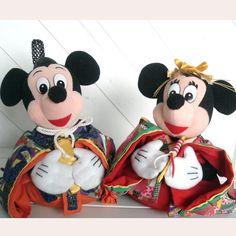 Japanese kimono♥  ♡Mickey and Minnie Mouse〜♡  http://www.facebook.com/rosebaymarket.japan