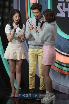 Jiyeon MC @ SBS MTV The Show 141111 (with Zhoumi &... - T-ARA Park Jiyeon Fan Blog 티아라 박지연 팬 블로그