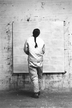 Alexander Liberman, Agnes Martin, 1960, Getty Research Institute. Image © J. Paul Getty Trust © 2016 Agnes Martin / Artists Rights Society (ARS), New York