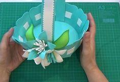 DIY+molde para hacer una cesta en goma eva Decoupage, Baby Shoes, Tableware, Kids, Halloween, Villas, Jeans, Fabric Dolls, Tutorials