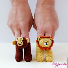 Crochet Toddler, Crochet For Kids, Crochet Patterns Amigurumi, Crochet Dolls, Finger Puppet Patterns, Crochet Baby Mobiles, Puppets For Kids, R65, Crochet Dinosaur