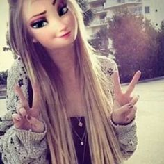 Niella is 18. She is very fun and outgoing. Niella loves animals and art. Niella enjoys singing. She hates swimming