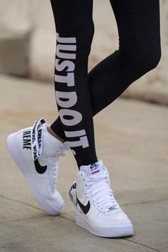 This legging and sneaker pair is so f*cking amazing Im in love*