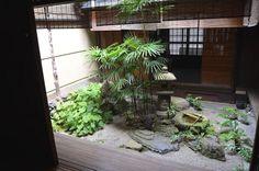 A Japanese courtyard. #japanesegardens #JapaneseGarden