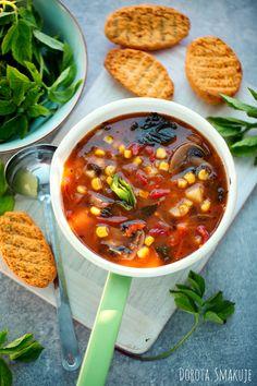 Zupa meksykańska z podagrycznikiem i grzankami czyli zupa meksykańska po polsku :) gotowana z ryżem, podana z zielskiem i chrupiącą grzanką. Chili, Soup, Chile, Soups, Chilis