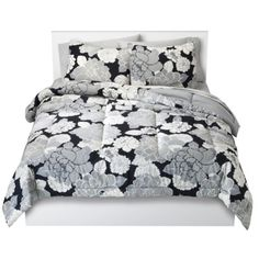 Room Essentials® Lined Floral Comforter.Opens in a new window